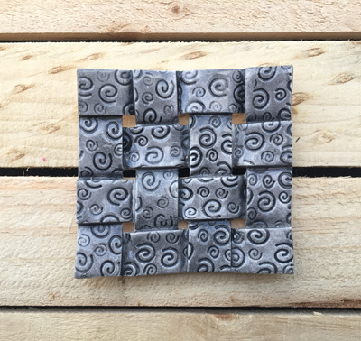 BLACK woven soap dishes