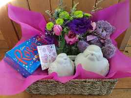 Bloomers Birds Hamper