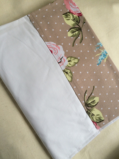 Blooming Roses Cot Sheet Set