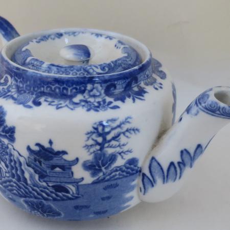 Blue and white tea pot
