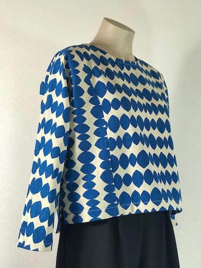 Blue Sakura top