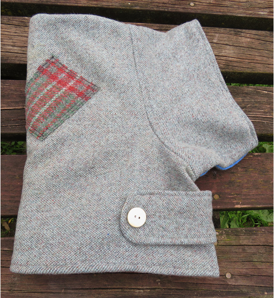 f041f050c Bluey grey with patches wool NBC - large - caff 10 for dogs