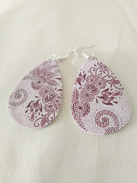 Bohemia Floral Design Tear Drop Faux Leather Earrings - WINE