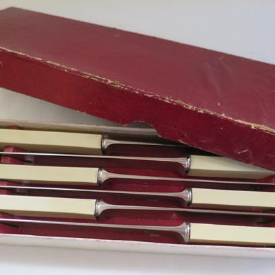 Big square handle knives