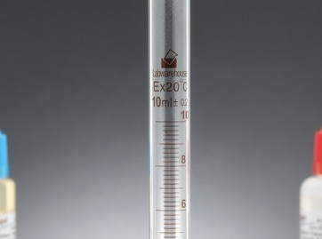 Borosilicate Graduated Cylinders