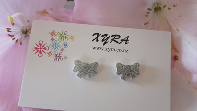 Bow Earrings - available in pink and silver