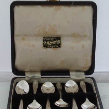 Boxed set coffee spoons