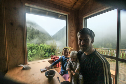 breakfast with kids at the hut nz backcountry