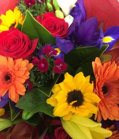 Bright Mix Tones Bouquets & Posies