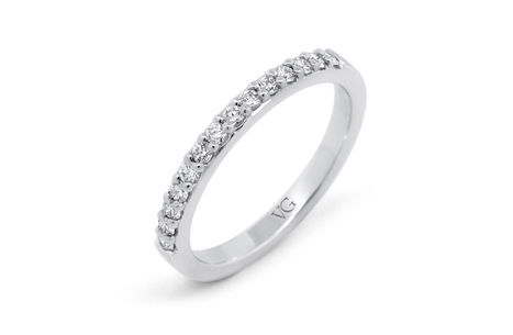Brilliant Cut Diamond Platinum Band