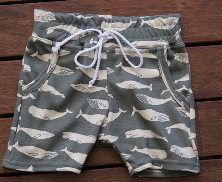 'Brodie' Shorts with pockets, 'Kujira, Gray' GOTS Organic Cotton Knit, 3 years