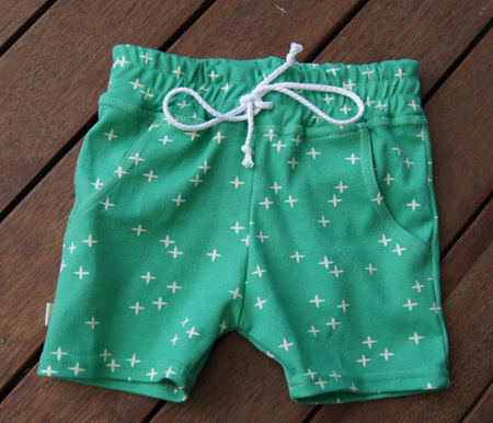'Brodie' Shorts with pockets, 'Wink, Pond' GOTS Organic Cotton Knit, 18-24m