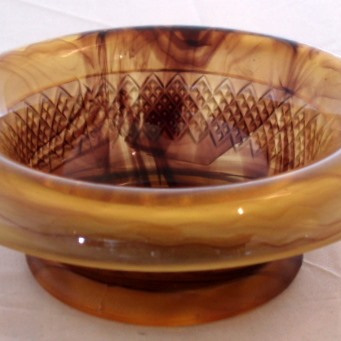 Brown swirly glass dish
