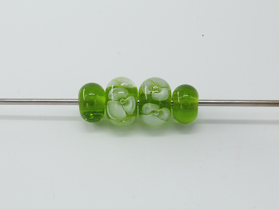Bubble flower and spacer bead set - Green