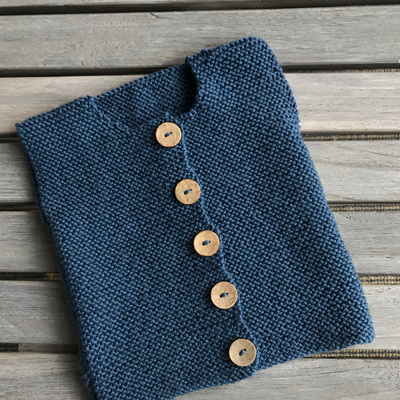 Button down vest in Garter stitch