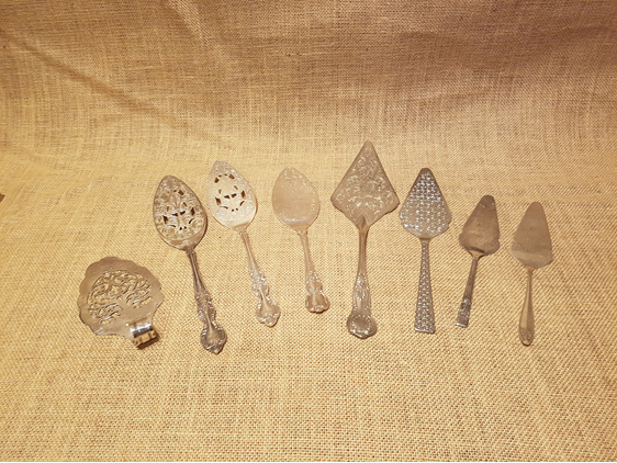 cake serving spoons wedding and event hire