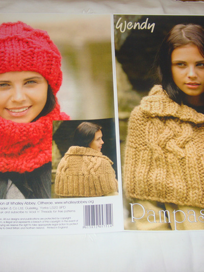 Capelet, Neck Warmer and Hat