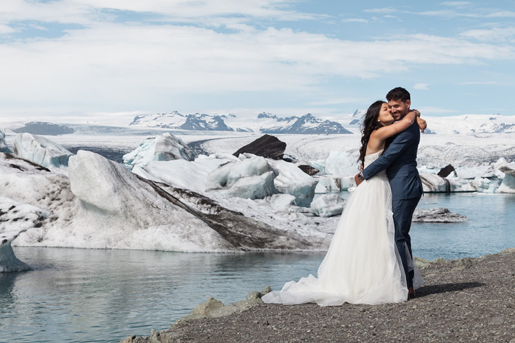 Capturing a travel memory in a custom engagement ring