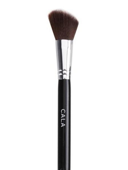 Cara Studio Master Angled Contour Brush