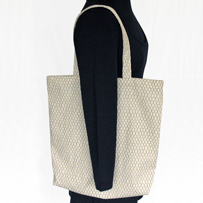 carry pouch | chicken wire