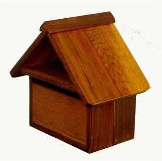 Cedar Wood Stubby Letterbox
