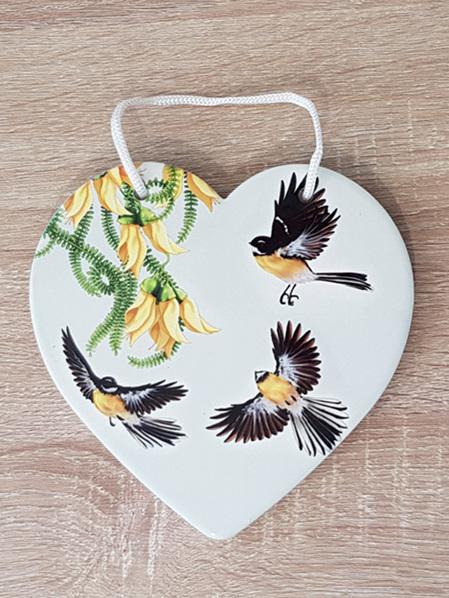 Ceramic Heart - NZ Flora