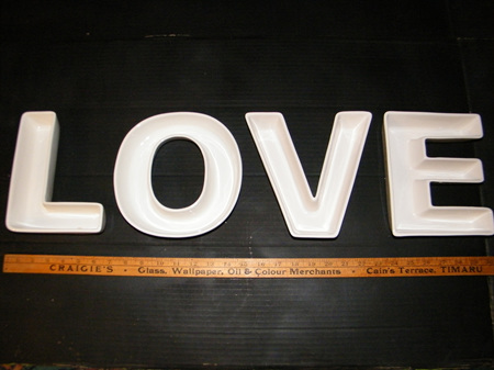 Ceramic Plates - 'L O V E'  Letters