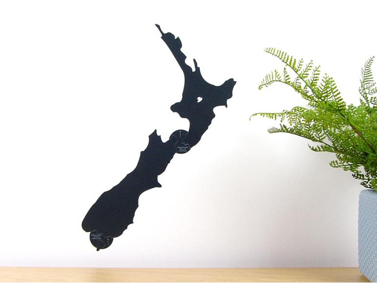 Chalkboard New Zealand map wall decal