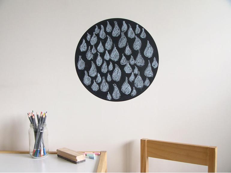 Chalkboard wall decal medium round