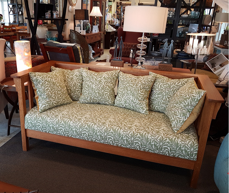 Chatsworth Arts and Craft Sofa Made in New Zealand Solidwood Furniture
