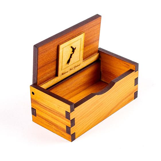 chatter box - medium - open