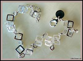 """Chequer Bracelet"""