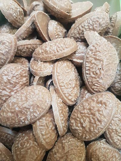 Chocolate coconut halves - 168 pieces