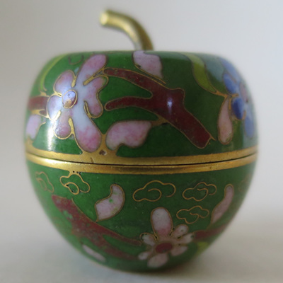 Miniature apple lidded pot
