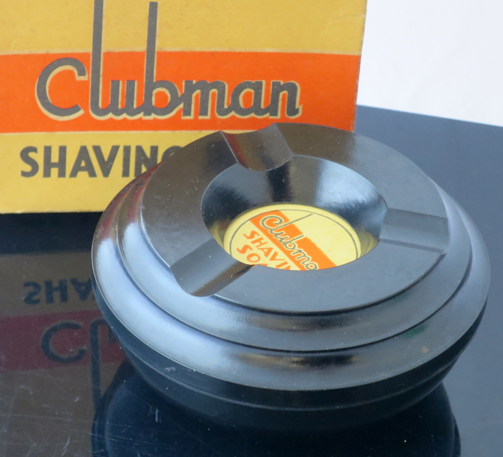 [Imagem: clubman-bakelite-shaving-bowl.jpg?i=-dJE...uNyjG5Kg~~]