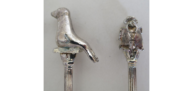 Collectable spoons animals