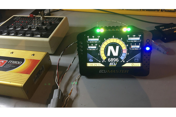 Connects to many common ECUS like the Motec 100 series