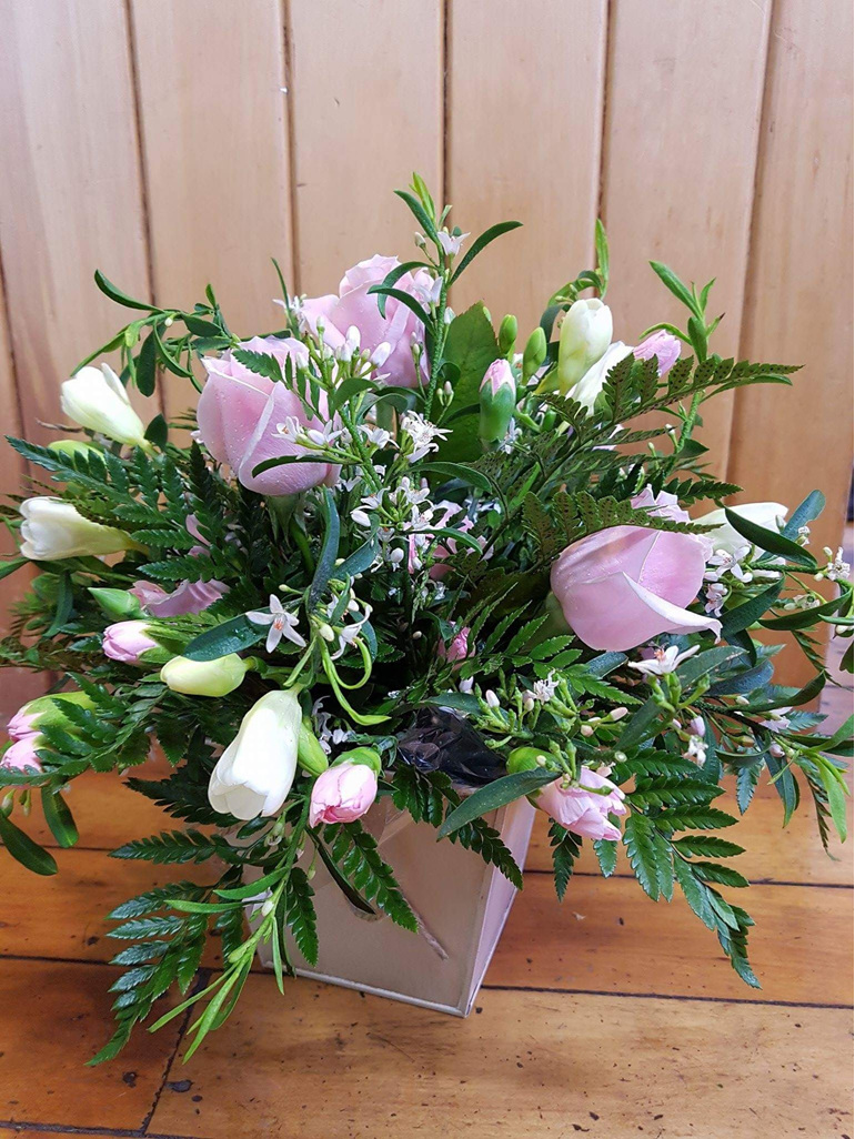 cottage flower arrangement
