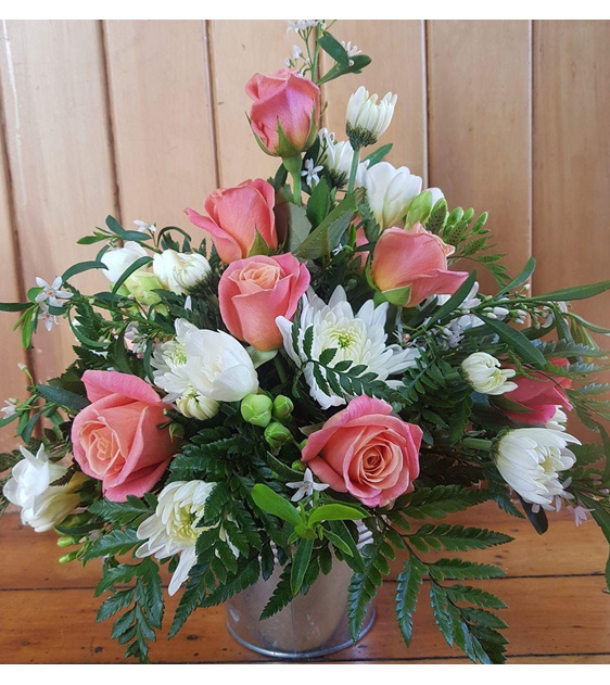 cottage flower arrangement