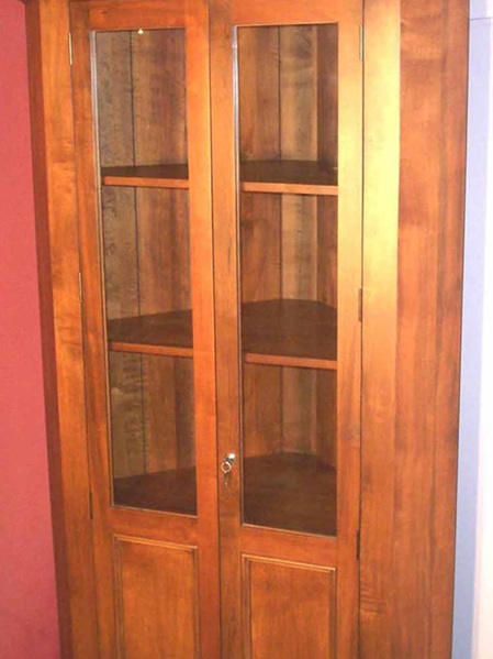 Country Lodge Corner Cabinet