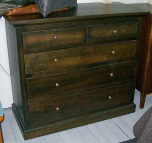 Hunters Five Drawer Chest