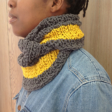 Cowl & Mitts - Adults Pattern by Broadway Yarns