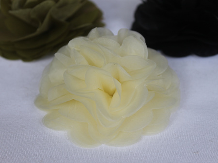 Cream tissue flowers