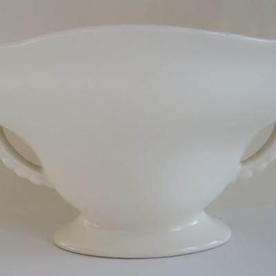 Simple cream vase