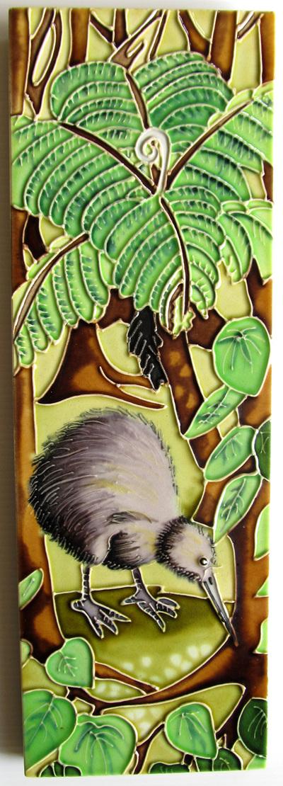 CT81 Ceramic Wall Art Kiwi