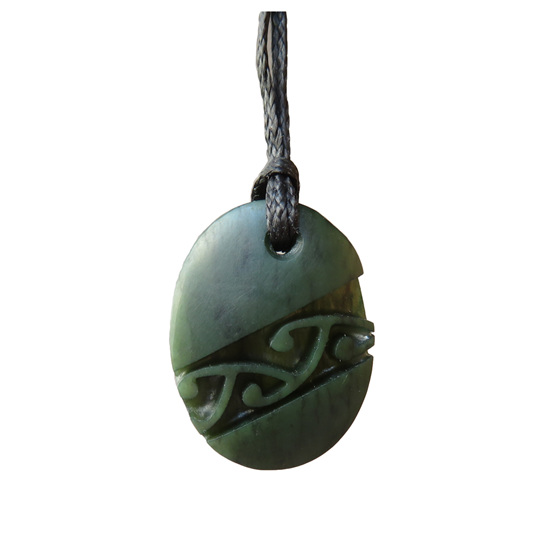 D123 Oval greenstone pendant with diagonal pattern