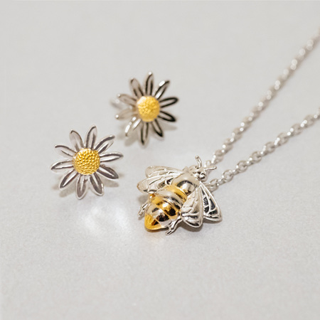 Daisy and Bee Collection