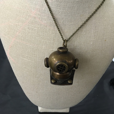 Danielle Diving Helmet Necklace