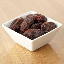 Dates Dried Medjool Organic Approx 100g