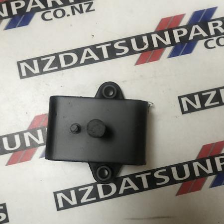 Datsun S30 240Z 260Z Engine Mount